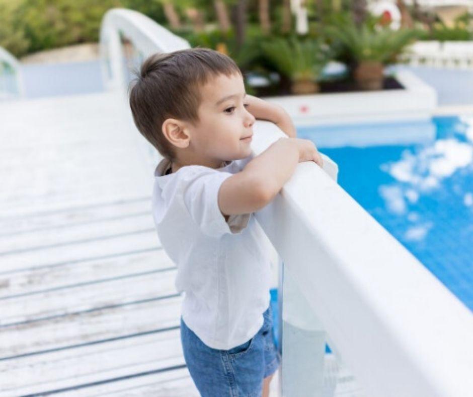 Read more about the article Segurança para as crianças na piscina
